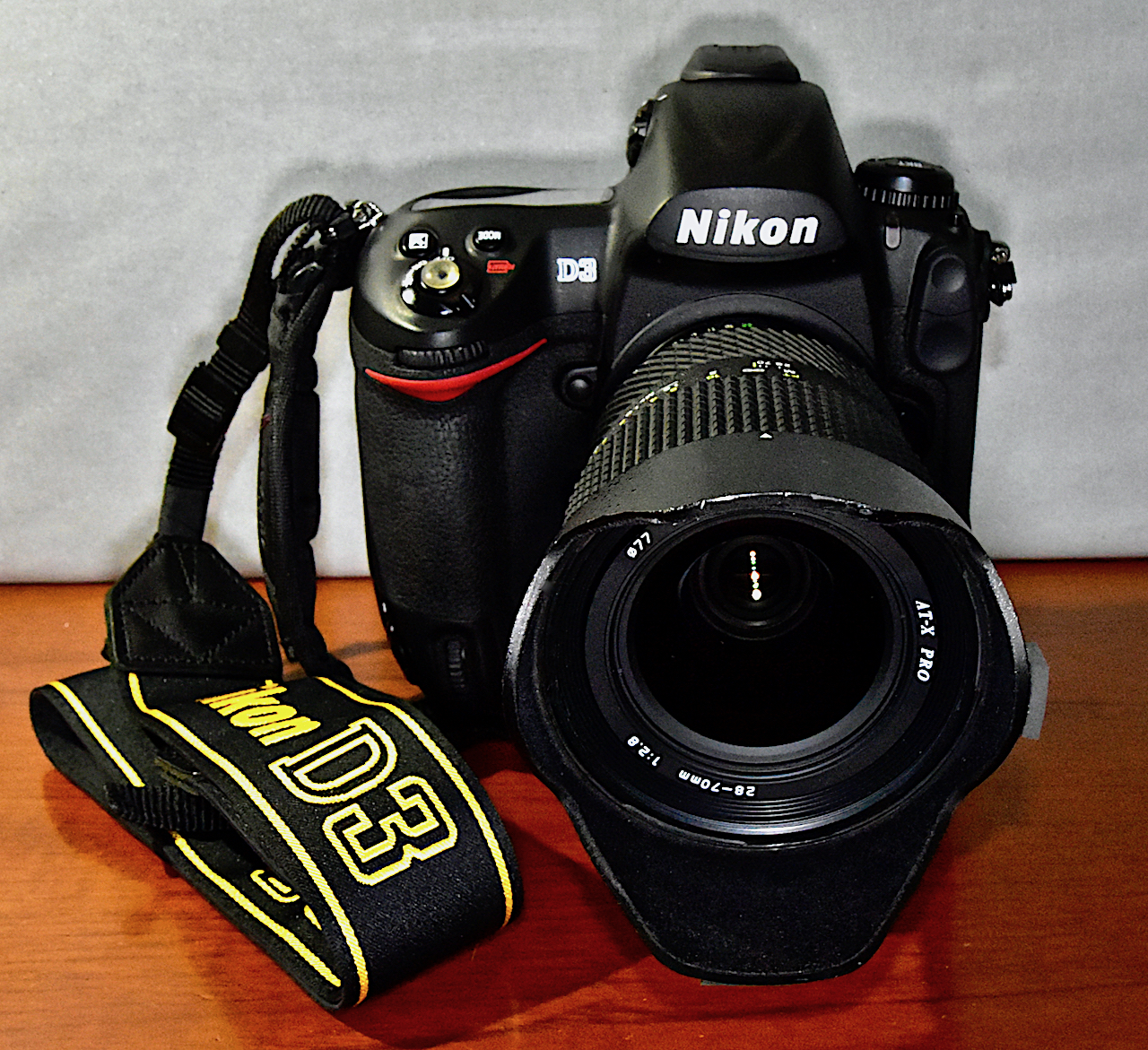 Nikon AN-D3 Strap for Nikon D3 DSLR Camera